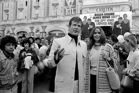 Roger Moore and Barbara Bach at the premiere of The Spy Who Loved Me